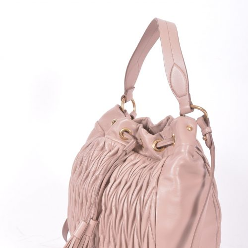 Matelasse Bucket Bag lado