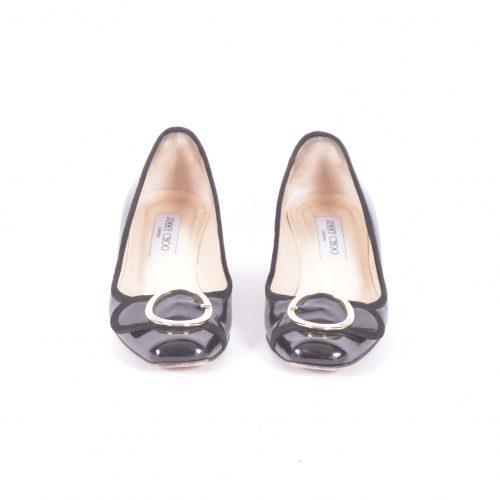 sapatos de fivela argola frente