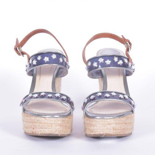 Sandálias De Cunha Frente