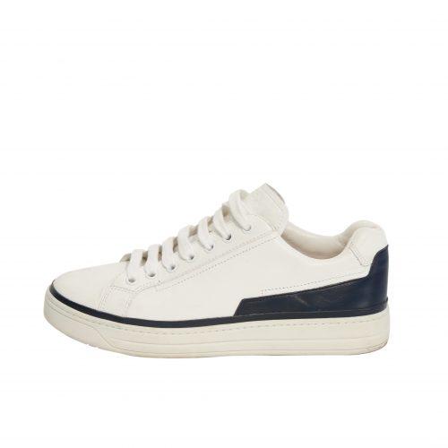 Sneakers: