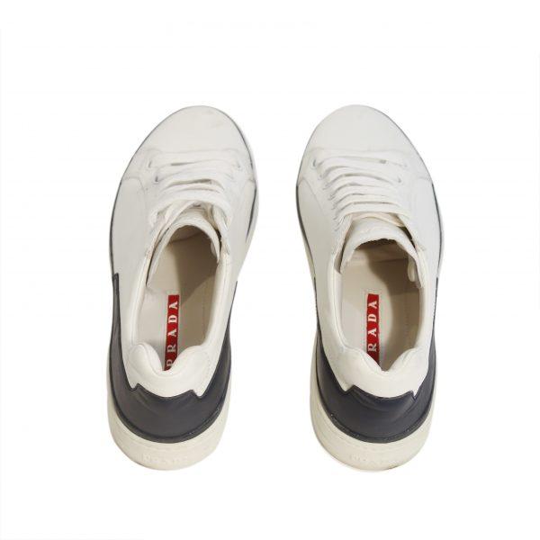 Sneakers: Costas